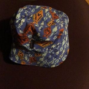 Patagonia Kids bucket hat, with velcro straps